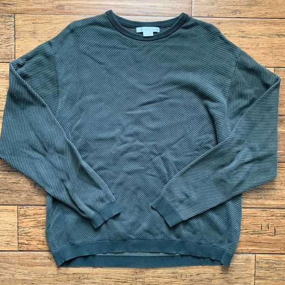 Geoffrey Beene Other - Grey Warm Crew Neck Sweater
